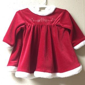 ❇️5 for $20 sweet little winter dress 6/9 months